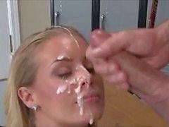 Éjaculation faciale superbes les 12