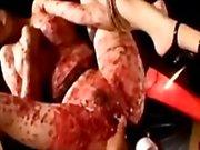 De bras asiatiques aux Seins Attaché à Pieds chat baisais avec vibrateur Alors que Torturé Grâce Hotwax par le maître en sous-sol