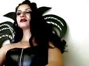 Atractivo de de emo de Goth cámaras web en girlhot dominadora esclavitud queen