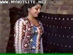 Desi homemade blue film [indian classic xxx movie] - XVIDEOS.COM_2