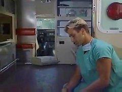 Médico folla Transexual no operado la enfermera