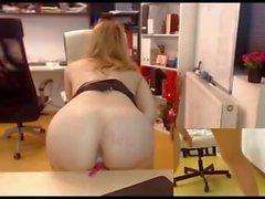 Sıcak kız yaşadığı porno tezgahını ofisinde
