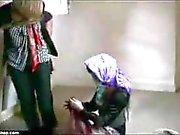 Mädchen gefesselt und entführt
