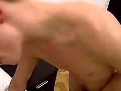Сексуальные мужчин минет Сперма По Целую