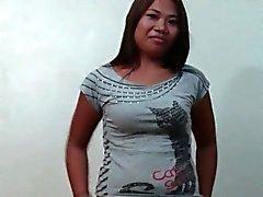 Filipina Amateur Entspricht und fickt A Stranger
