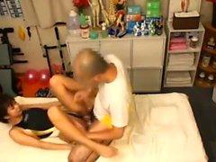 Versteckte Kamera in der japanischen Massage Salon