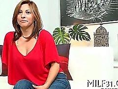 Сексуальный ИФОМ вместе с сексуальные чулки