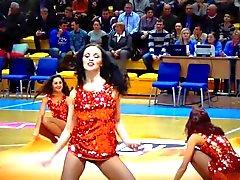 Chaude Meneuses de claques russe de nuit sexy de