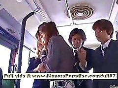 Otobüsünde Ulusal Yetkilendirme Görevlisi Yoshizaki sexy Asian Teen
