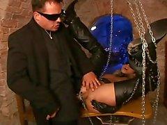 Darja Schuhmacher ist eine perfekte fetish Slave- Hure Leder