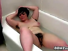 Young BBW With A Bush In A Bath Tub