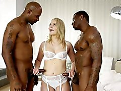 Geschwärzt Dakota James Schreie 2 Big Black Cocks