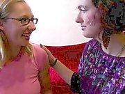 För Ann tillgodoser ett allvarliga lesbisk