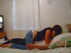 Di coppia Amatoriali sveglio divertirsi sul letto
