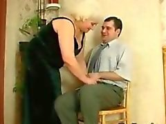 Fat бабушки России и ее молодой любовник