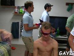 Reaaliaikainen kollegio nauhat str8 nahkahousut saaminen homo