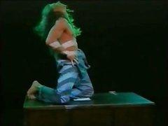 Danny C alias Steve R erotik dansa
