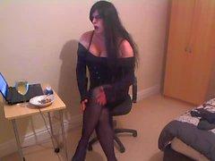 Güzel bir Goth sahibi Kirsty Hot iİçilmeyen Oda