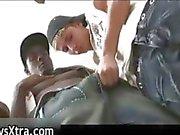 Menino recebe seu rabo apertado fodido