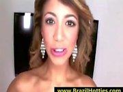 Giovani adolescenti Brasile ama sperma dentro la sua bocca - brazilhotties