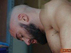 мускулистый анальный секс и видеоролик для лица 1
