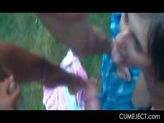 Bambina troia DP e di bukkaked in il sesso di gruppo del hardcore