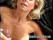 MILF Horny aime son mans cock