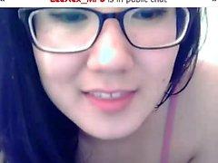 Sexiga asiatiska cam modell exponeringsglas älskar för att chat med Strang