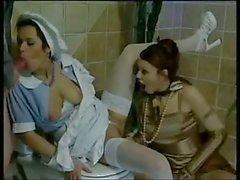 Schön Flotter Dreier auf Toiletten