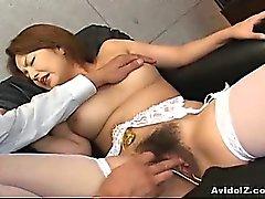 Japanese Babe wird ihre Kätzchen Fingern Haiy Uncensored