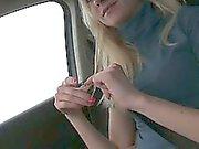 Schwemmte jugend Victoria Welpe erfaßt und im Auto gefickt zu