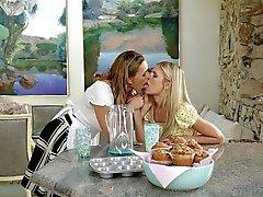 Popular Lesbi, Lesbo Movies
