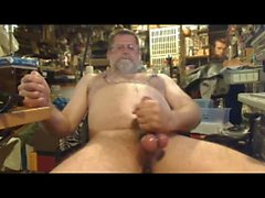 Daddy Bob wanking in Garage
