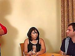 Nicole osakkeiden että mehukas kukko hänelle cuckboy