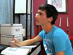 De escena homosexual Las buenas calificaciones asombrosos son importantes con Noé de Carlis