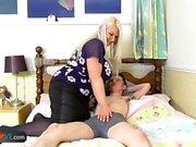 AgedLovE Hardcore Секс с грудастой зрелой женщиной