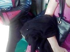 pés upskirt 50