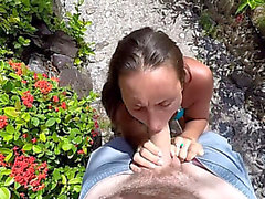 Public beach facual cumshots