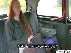 Amateur Rotschopf Student Sexual dem Taxi