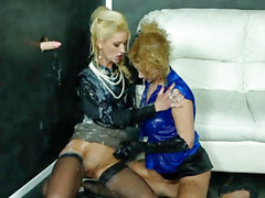 European bukake lesbian fisted at the gloryhole
