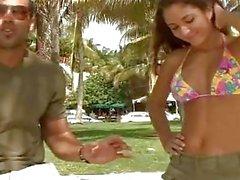 Reyes cubanos - Nicole Gray, 18 Bien y Caliente!