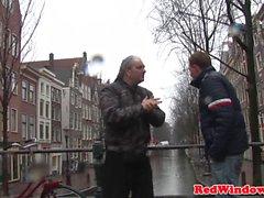 Hollandalı fahişe seks önce turist emme