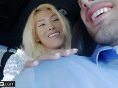 BANG Confessions - Stephanie Oeste fode o motorista de táxi