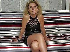 Ein Französisch reife Blondine hübsch