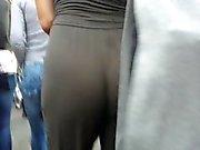 Âne blanc chaude pantalons amples secouent !