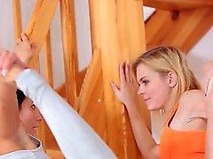 Blond- Brunette Bliss182