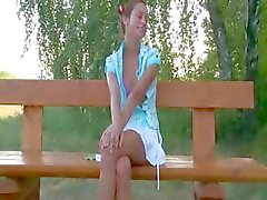 Russische tiener paar knal op een bankje
