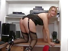 Katie K Büro Schlampe