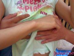 Küçük Japon parmak parmaklı ve delinmiş