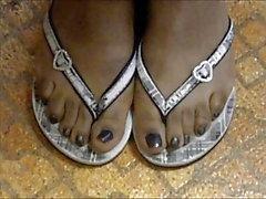 Los dedos del pie de la capilla del MILF Negro